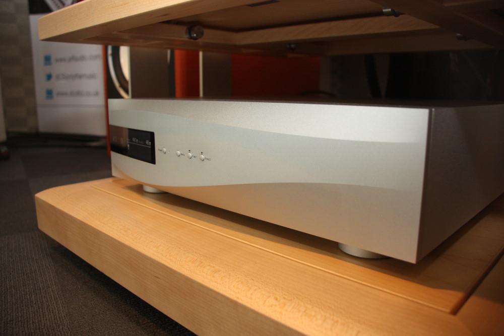 Vivaldi Master Clock nhập khẩu chính hãng, bảo hành toàn quốc